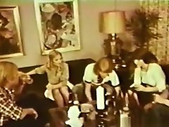 European Peepshow Loops 432 70s and 80s - Scene 3