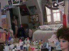 Marisa Tomei - Teen Girl in Lingerie + Topless Sex Scene - Untamed Heart
