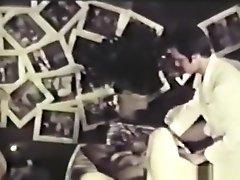 Peepshow Loops 376 1970's - Scene 2