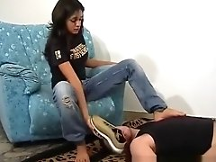 Ilary Facebusting.com Air Max white socks and feet worship