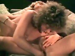 Classic Lesbians kissing pussy