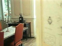 Classic XXX - Das Lustschloss Der Jungen Marquise (1986)