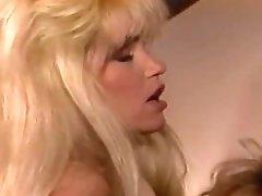 Erica Boyer loves pussy, too - Porn Star Legends