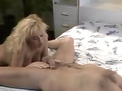 Sandra Scream - Blonde Bombshell (1990)