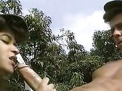 Major hard jizz-shotgun outdoor threesome