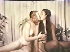 SAPPHIC Peepshow Loops 536 70s and 80s - Scene two