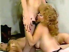 Lisa DeLeuwee in Vintage Orgy