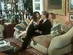 Italian Porn Video - Amiche Del Cazzo