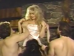Brunette Vintage Girl And Others Fucked By Big Dicks